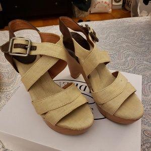 High heel sandals size 7 Lucky brand